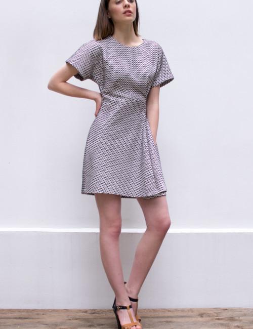 structured dress_side