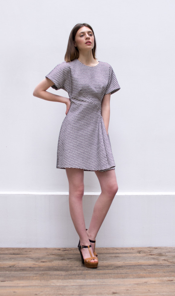 structured dress_side